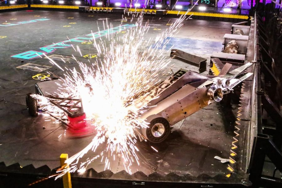 Crusher vs Techno Destructo Battlebots